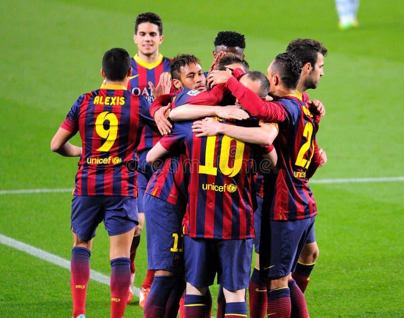 f C Barcelona spelare firar ett mål på Camp Nou på den spanska ligan (F C Barcelona - Celta) royaltyfria bilder
