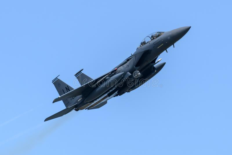 F15 Eagle RAF Lakenheath de partida em Inglaterra foto de stock