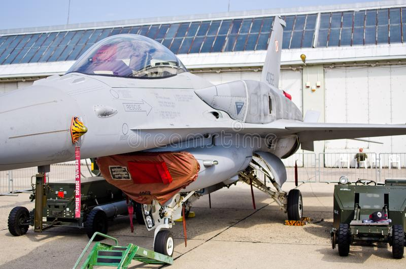 F-16 em Radom Airshow, Polônia imagens de stock royalty free