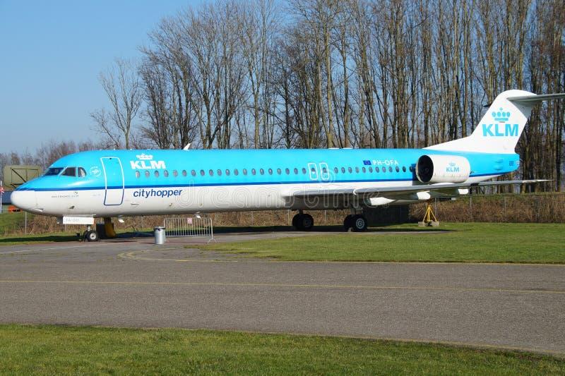 F100 Fokker KLM Cityhopper стоковые фото