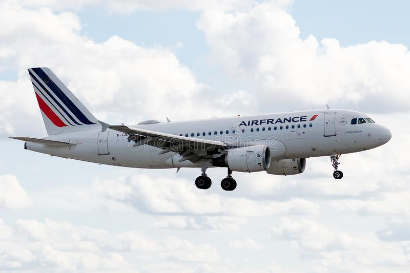 Airbus A319-111 operated by Air France on landing. F-GRHF, 23 September 2019, Airbus A319-111-1025 landing at Paris Roissy Charles de Gaulle airport at the end stock photos