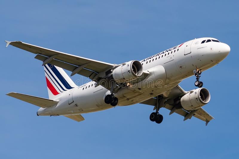 Airbus A319-111 operated by Air France on landing stock photos
