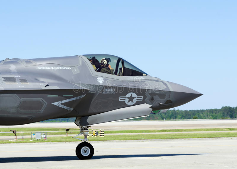 Download F-35 Lightning II Military Aircraft Stock Photo - Image: 41699776