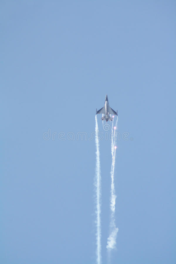 F-16 luchtfestival royalty-vrije stock afbeelding