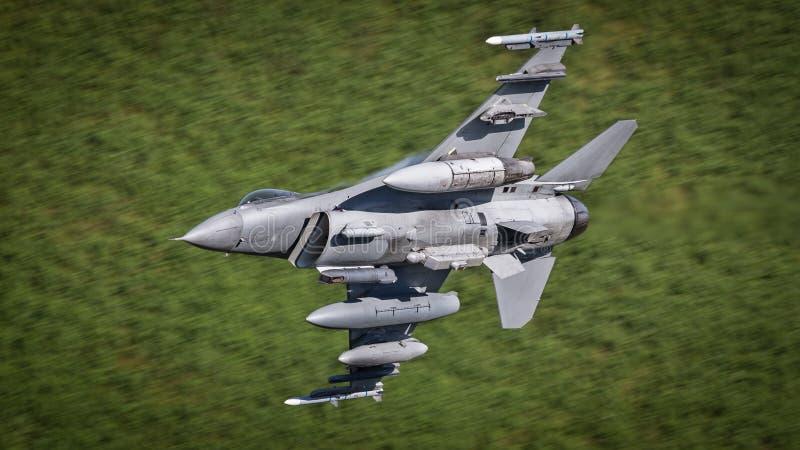 F16 myśliwa samolot obrazy royalty free