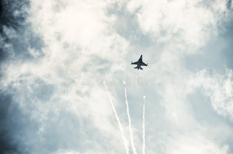 F-16 op Radom Airshow, Polen royalty-vrije stock foto