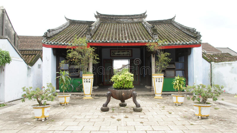 för borggårdhoi för porslin komplicerat tempel vietnam royaltyfri fotografi