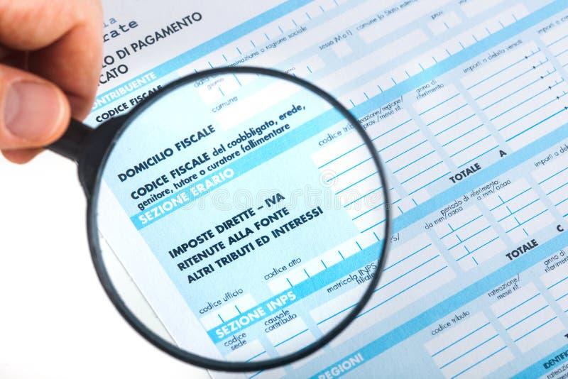 F24 para la declaración de impuestos en Italia fotos de archivo libres de regalías