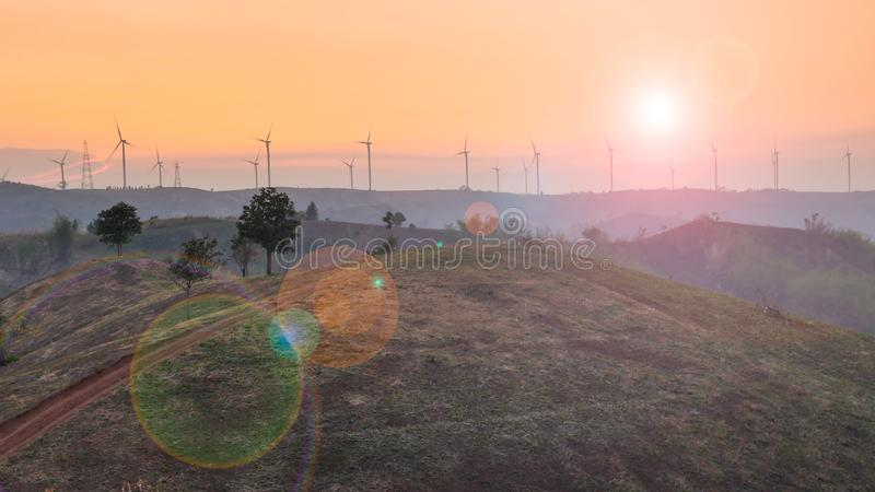 f?r lantg?rdk?lla f?r alternativ energi wind f?r turbin royaltyfria bilder