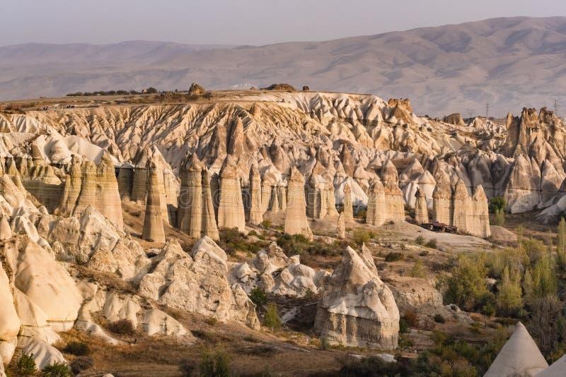 F?r?lskelsedal i den Cappadocia regionen, Turkiet arkivbilder