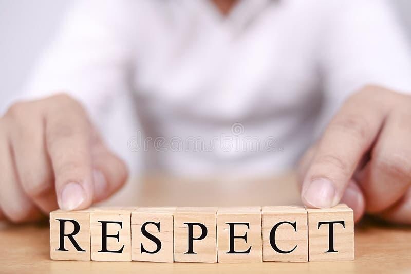 F?r ordcitationstecken f?r respekt Motivational begrepp royaltyfria bilder