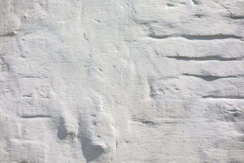 F?r tegelstenv?gg f?r tappning gammal textur R?d vit Stonewall f?r Grunge horisontalbakgrund Sjaskig byggnadsfasad med skadad mur royaltyfri foto