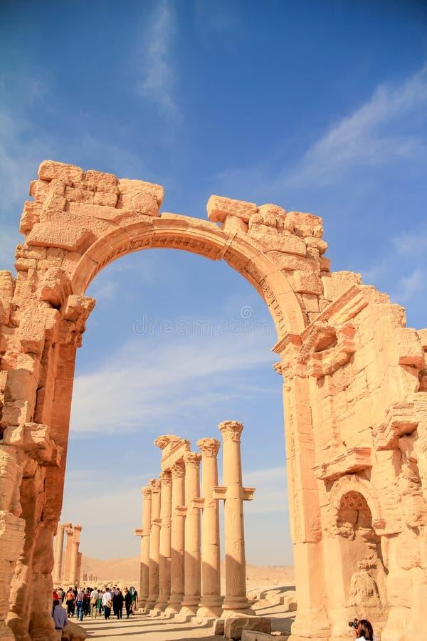 F?rd?rvar av palmyraen f?r den forntida staden, Syrien arkivfoto