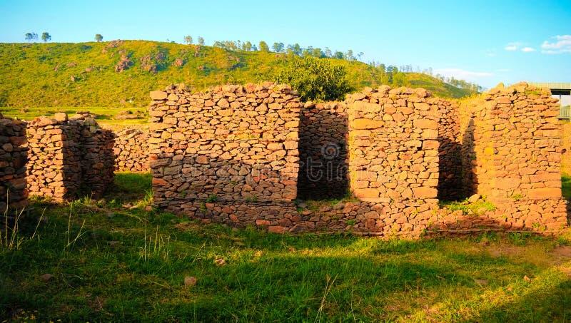 F?rd?rvar av slott f?r drottning Sheba p? Axum, Etiopien arkivbild