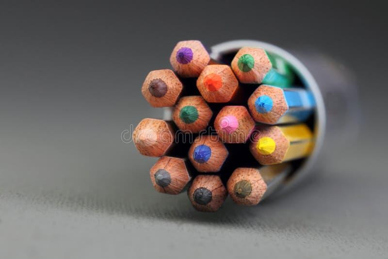 f?rg pencils spetsar royaltyfria bilder