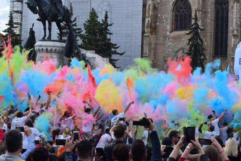F?rgk?rningsfestival Cluj Napoca 2019, Rum?nien royaltyfria bilder