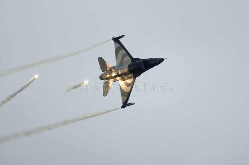 Download F16 Falcon In Action Stock Image - Image: 924301