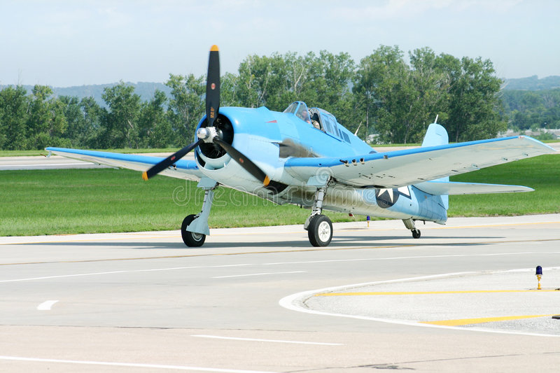 F6 Hellcat. A Navy F6 Hellcat at an airshow royalty free stock photography