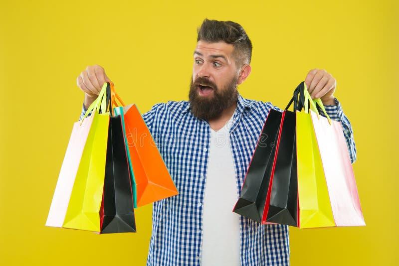 Faça comprando mais alegre Aprecie negócios rentáveis de compra sexta-feira preta A compra com desconto aprecia a compra Homem fotografia de stock