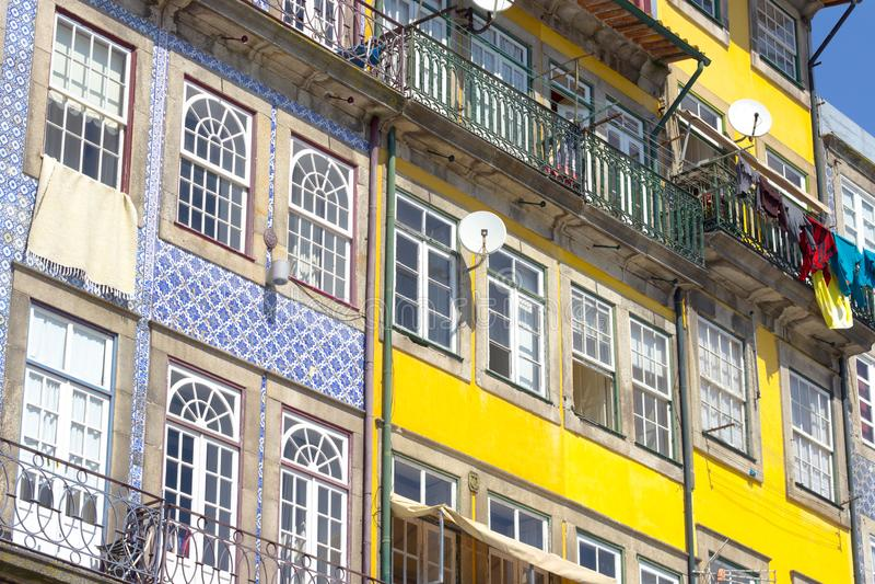 Façade colorée de maison photos libres de droits