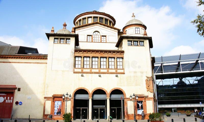 Façade d'un bâtiment du Mercat de les Flors dans Montjuic photo libre de droits