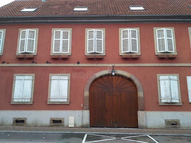 façade de 12 67 5000 04 Alsace photos libres de droits