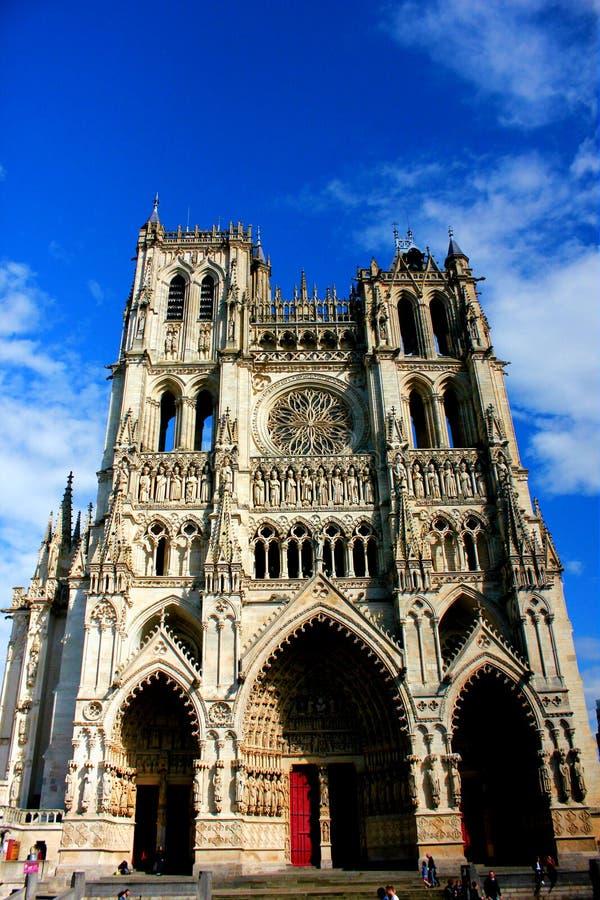 Façade de cathédrale à Amiens images libres de droits
