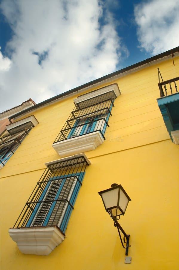 Façade de construction de La Havane photographie stock libre de droits