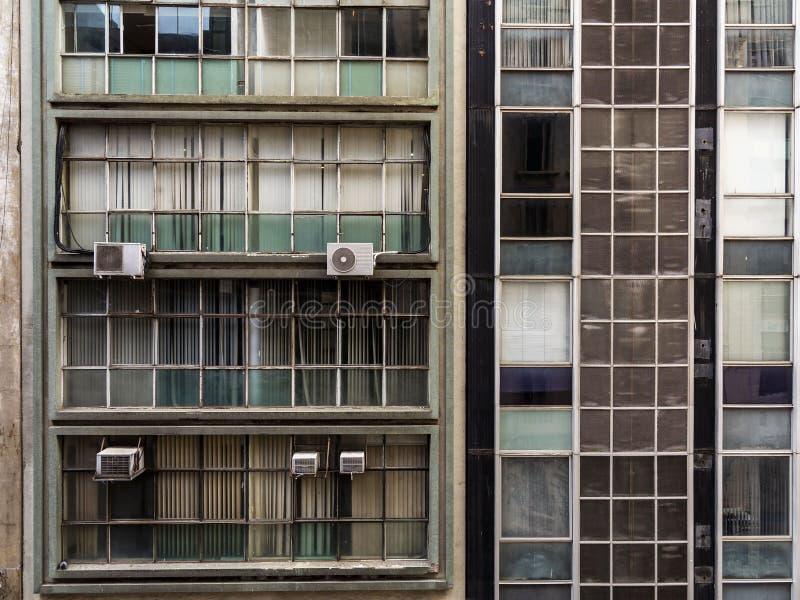 Façade de deux vieux bâtiments à Sao Paulo du centre image libre de droits