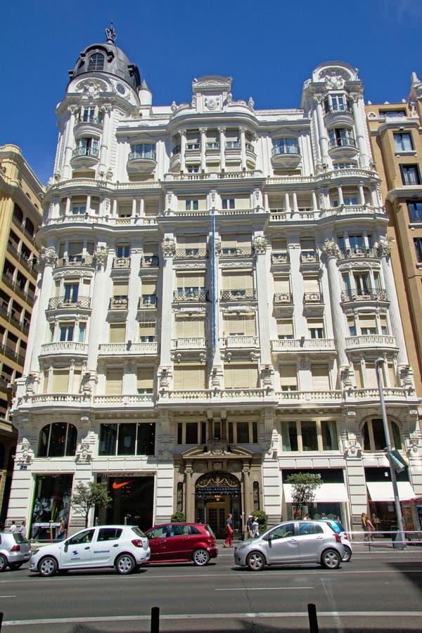 Façade de l'hôtel néoclassique Atlantico, Madird photos stock