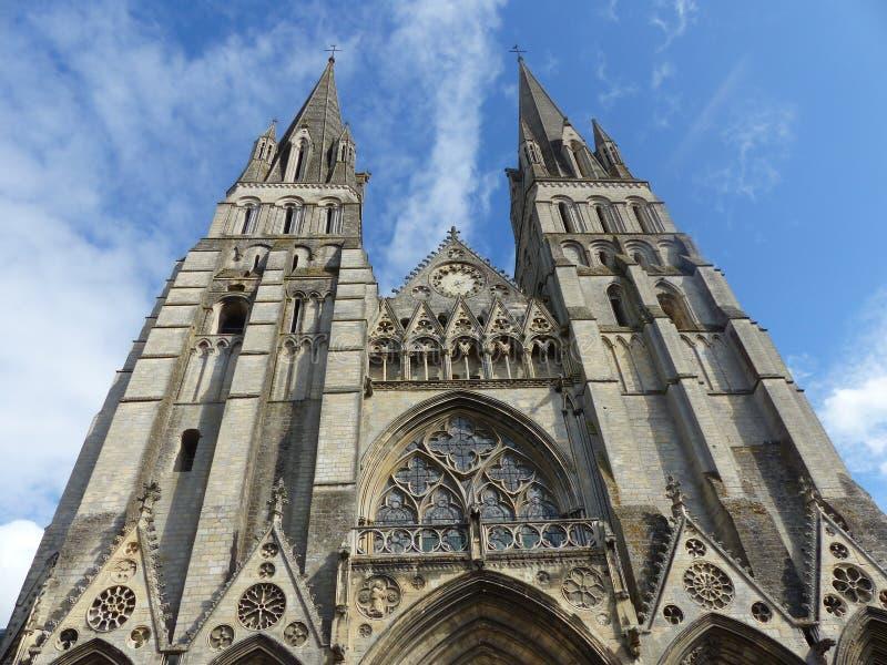 Façade de la cathédrale Notre-Dame de Bayeux dans Normandie france image libre de droits