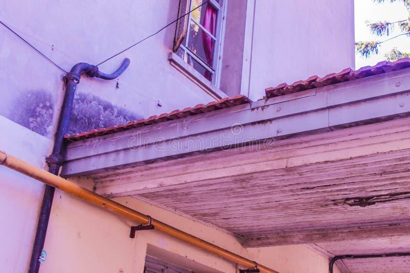 Façade de la maison de toit vintage Graphisme historique images libres de droits
