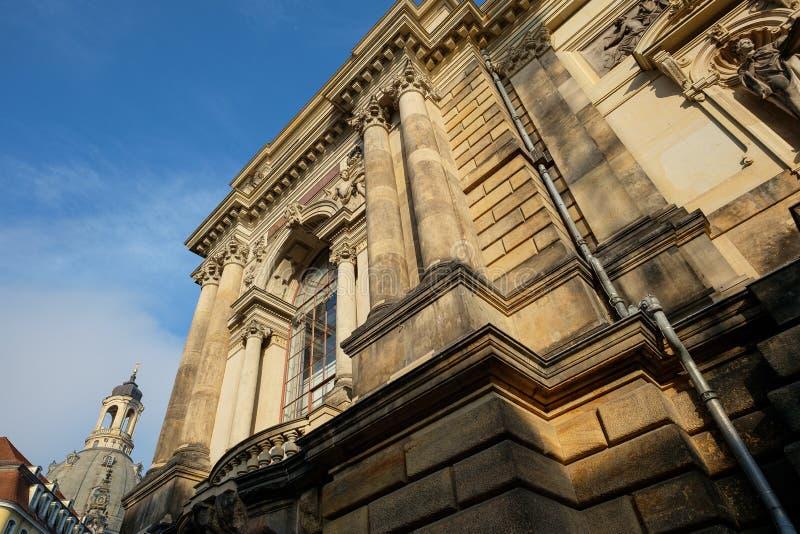 Façade de Lipsiusbau et de hall d'art dans le style de la néo--Renaissance dans le Dr. images stock