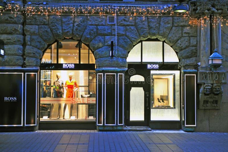 Façade de magasin emblématique de Hugo Boss à Helsinki images stock