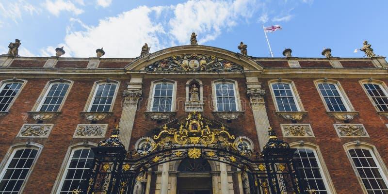 Façade de palais de corporations de Worcester images libres de droits