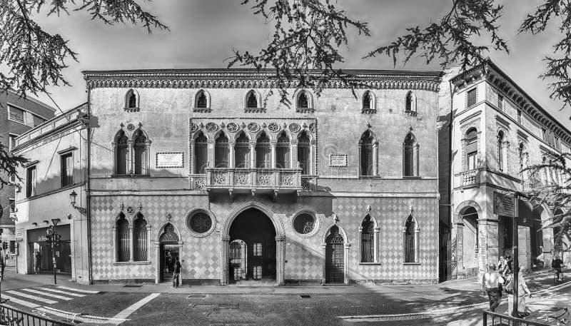 Façade de Palazzo Romanin Jacur, bâtiment iconique à Padoue, Italie image libre de droits