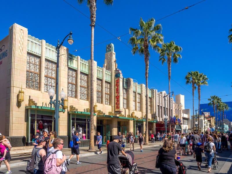 Façade des bâtiments aux studios de Hollywood en parc d'aventure de Disney la Californie photo libre de droits