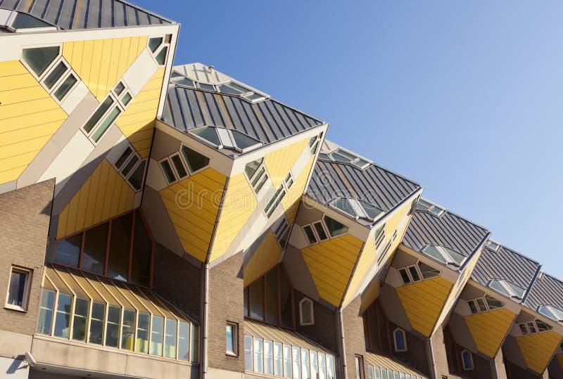 Façade des maisons de cubus à Rotterdam photographie stock