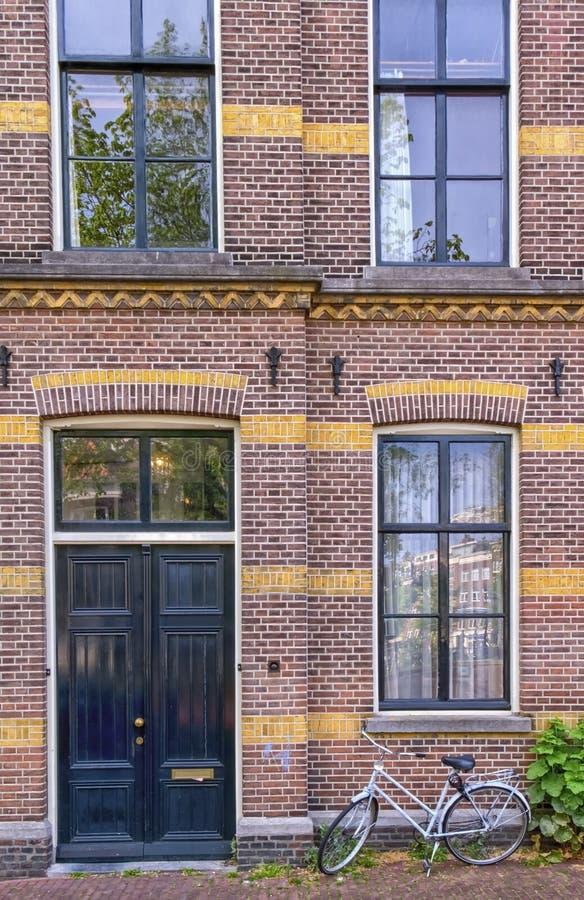 Façade du bâtiment historique d'Amsterdam, Pays-Bas images libres de droits
