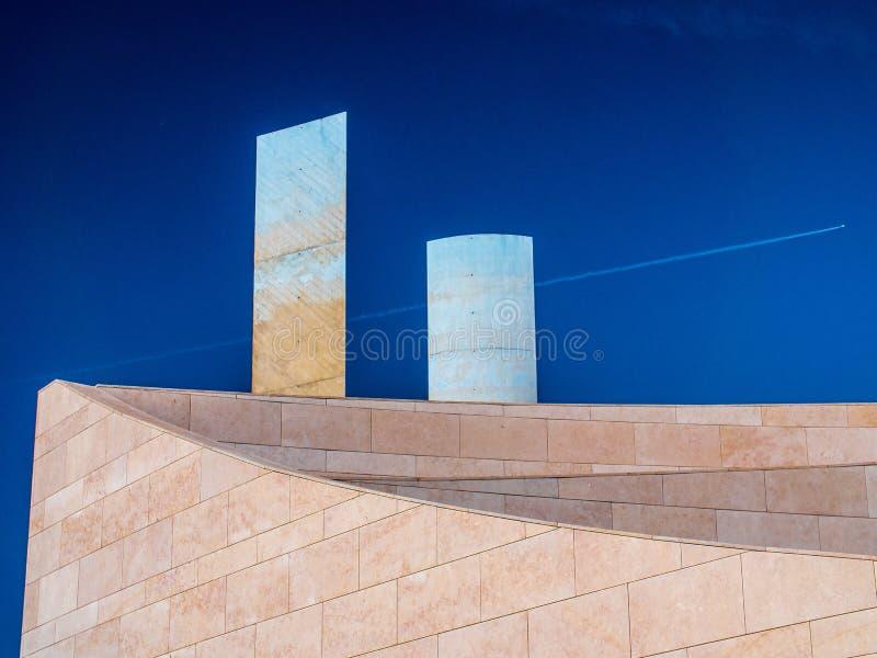 Façade du nouveaux art, technologies et musée d'architecture à Lisbonne photo libre de droits