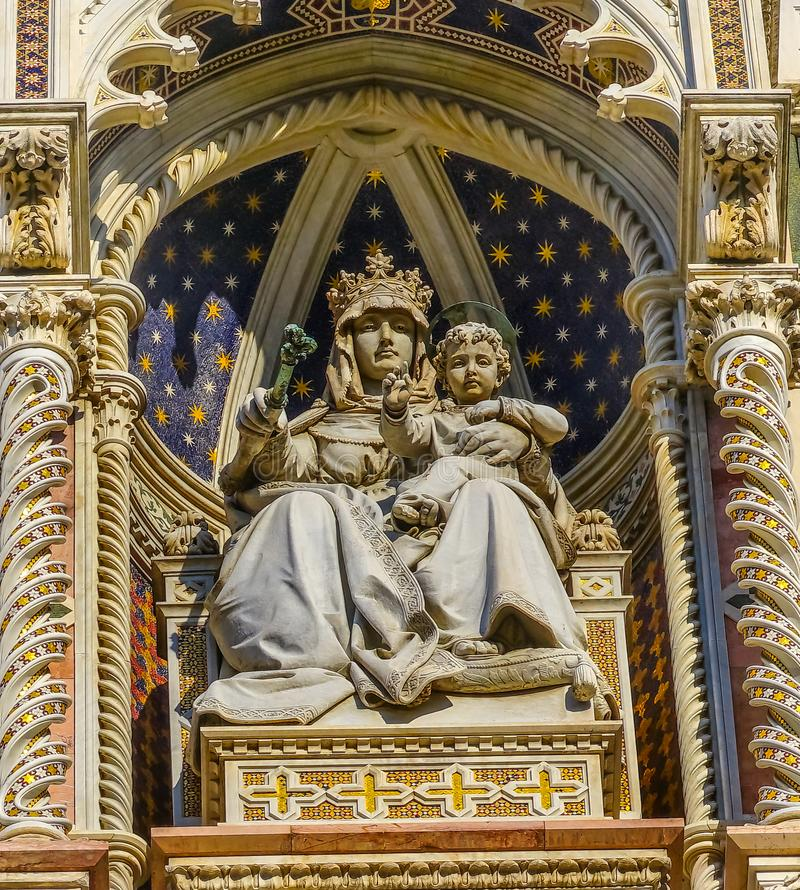 Façade Florence Italy de Mary Christ Statue Duomo Cathedral images stock