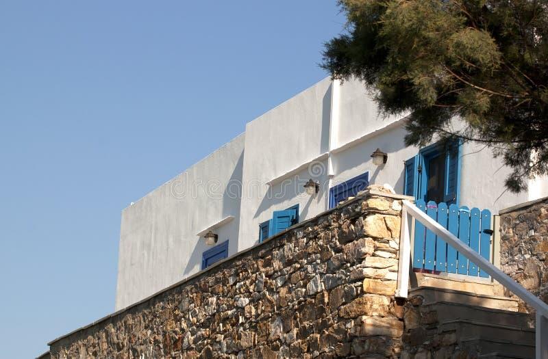 Façade grecque traditionnelle de maison image stock