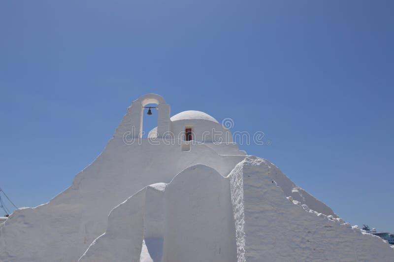 Façade principale de l'église de Paraportiani en île de Chora de Mikonos Arte History Architecture image libre de droits