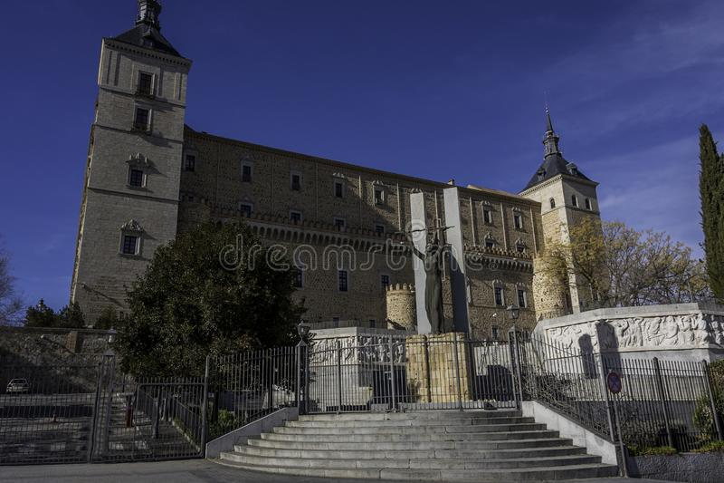 Façade principale de l'alcazar de Toledo l'espagne photographie stock