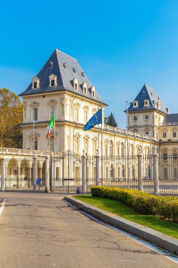 Façade Valentino Castle, Turin, Italie image stock