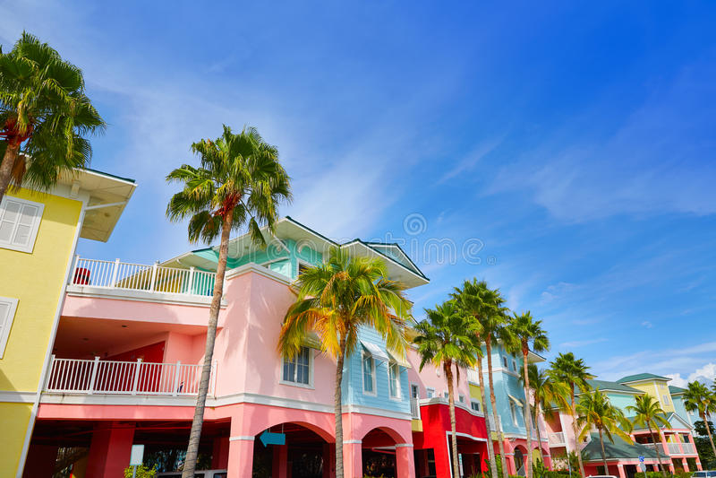 Façades colorées de palmiers de la Floride Fort Myers photographie stock