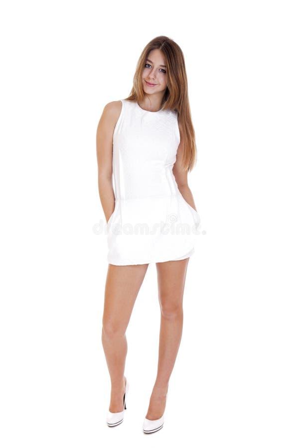 Robe blanche moderne fille