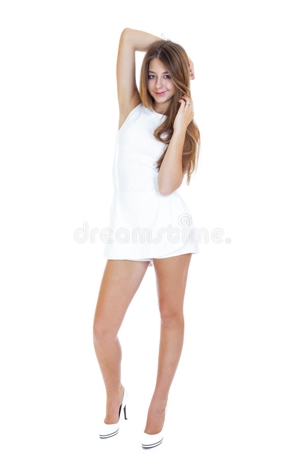 Robe fille blanche moderne