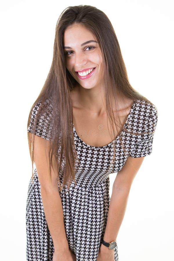 Façonnez la photo d'une belle jeune femme dans un ajustement mince de jolie robe photographie stock libre de droits