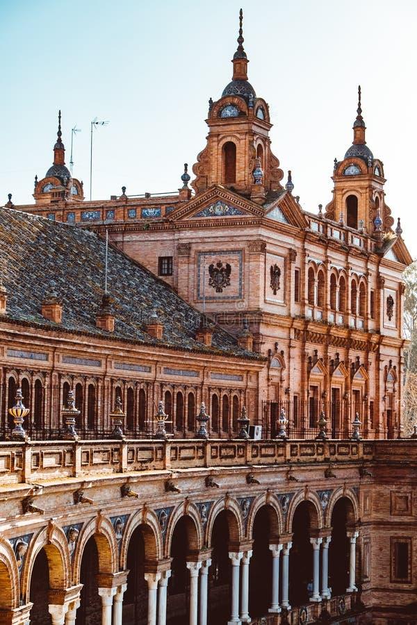 Fa?ades des b?timents sur la place espagnole ou la plaza de Espana andalusia image libre de droits